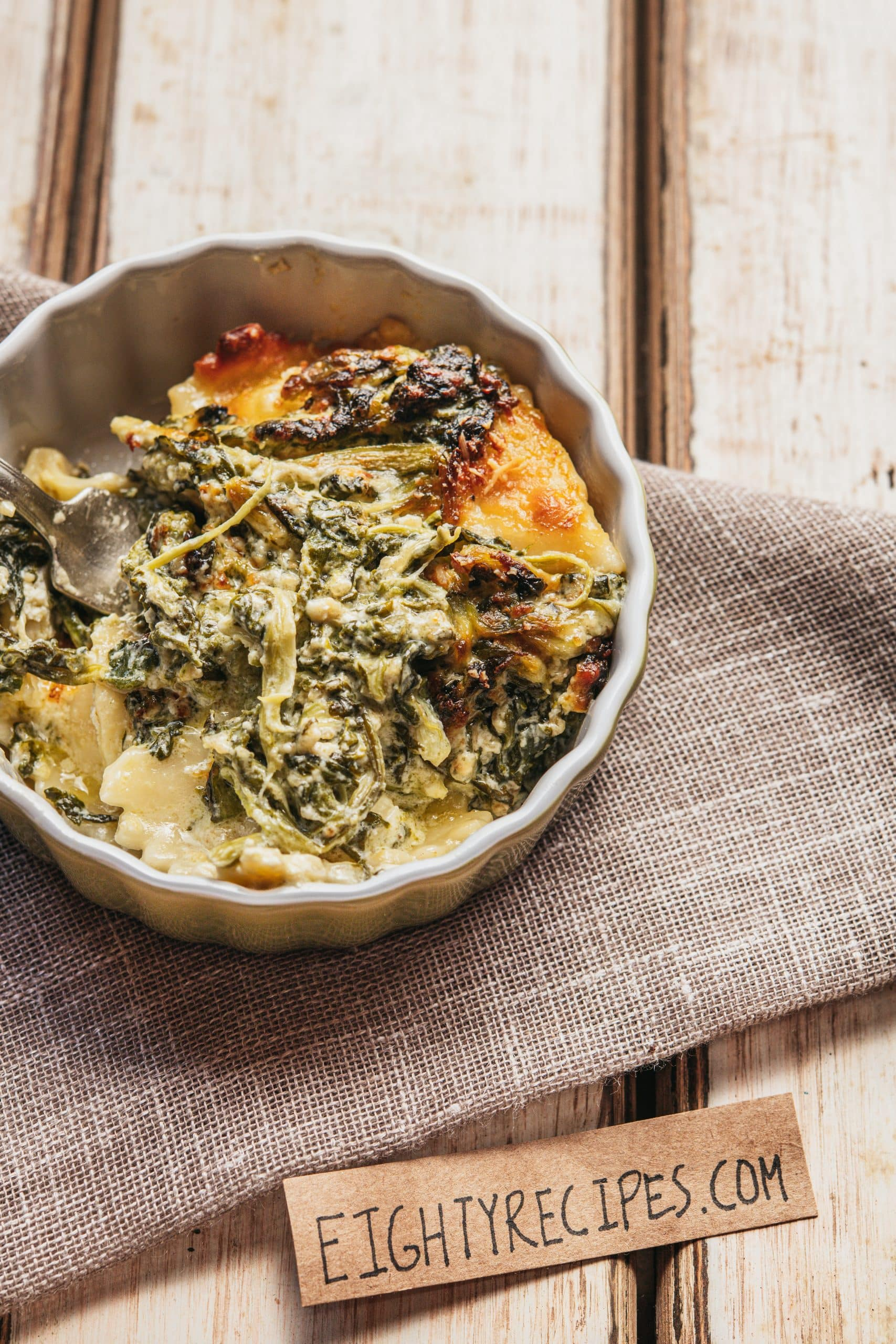 Skillet Cheesy And Creamy Ravioli With Spinach